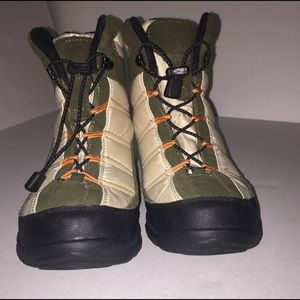 St Johns Bay Hiking/Winter Boots Suede Leather